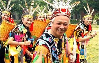 高山族  高山族是主要居住在台湾省的一个少数民族,根据2000年全国人口普查资料统计,分布在祖国大陆的高