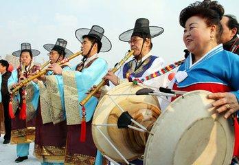 朝鲜族上元节习俗图片