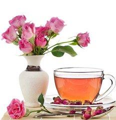 玫瑰花茶  玫瑰花是深受广大人们喜爱的名贵花卉,象征着高贵、美丽、纯洁和光明。玫瑰花茶采用蔷薇科