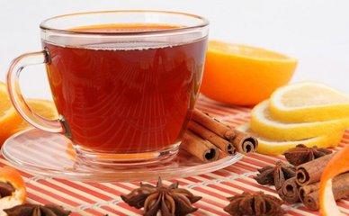 什么是伯爵红茶  伯爵红茶是红茶的基础是混合有一个不寻常的添加果皮佛手油。这为英国伯爵红茶提供了独特