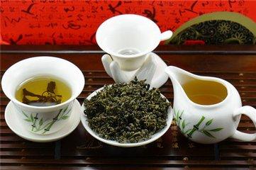 """绞股蓝是一种古老的草药,常用于制作药用凉茶。这种植物有什么特别之处?为什么它被称为""""穷人的人参"""""""