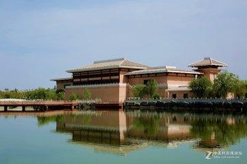 """中元节,俗称鬼节。传说,农历七月一日是开""""鬼门关""""的日子,七月十三日是关""""鬼门关""""的日子。在这个"""