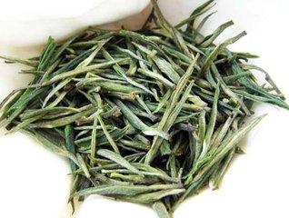 什么是黄山毛峰  黄山毛峰(Huangshan Mao Feng)是一种在中国安徽省生产的绿茶。黄山毛峰茶是中国最著名