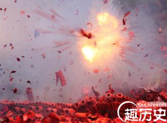 春节放鞭炮的来历