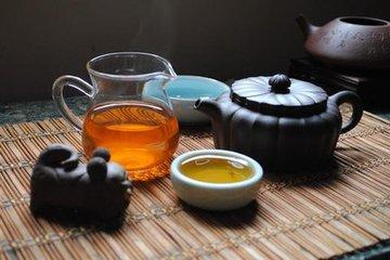 普洱茶有什么功效  普洱茶可以愈合和身体健康,中国已广泛使用了很长时间。普洱茶来自中国的西南部。这个