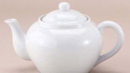 陶瓷茶具是每个人都熟悉的项目 - 它们让人想起酒店和上流社会的下午茶的图像,引导我们想象现在和过去几