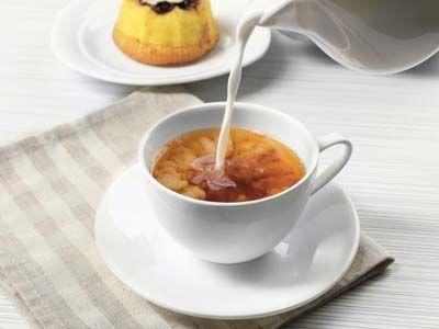 对于那些谁也从未享受过美味的奶茶,它可能改变你的下午饮料常规,因为奶茶可以提供许多的健康益处。什