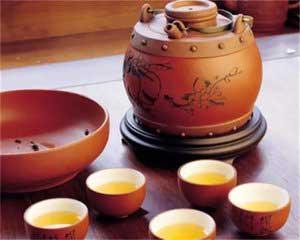 景迈的古树茶,素以花蜜香著名。它的香有甜腻,一段时间,我曾把景迈茶称为女士茶。  可能因景迈茶的