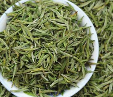 喝进嘴里的黄山毛峰,是一种清新自然的味道,一种属于大自然的纯正天然味道,有淡淡的花香气息,回