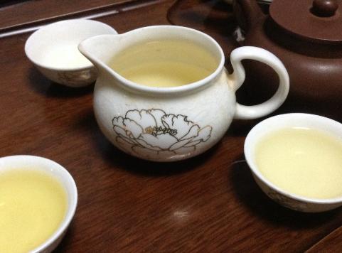 睡前喝茶,掌握这几个小技巧让你喝茶绝不会失眠!