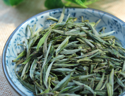 对于一些茶叶爱好者而言,收藏茶叶是他们最为感兴趣的。但,茶叶也是有保质期的。要是没有在保质期