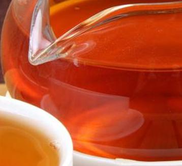女性喝红茶养生的好处——补血抗衰!
