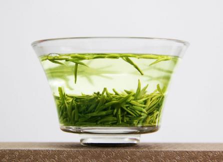 女人每天喝一杯绿茶,身体会出现这3种变化!图片