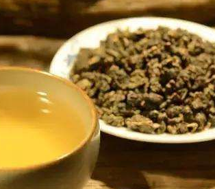有关乌龙茶的保健功效,想必早已被人们所熟知,那么冬季喝乌龙茶的好处有哪些?我们一起来往下深究
