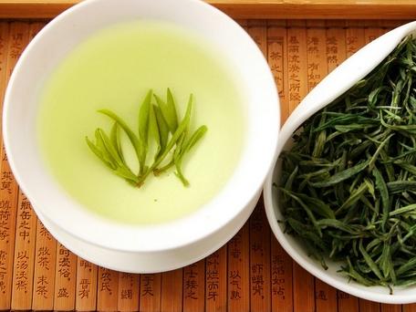 一天一杯绿茶,有效改善身体的3种问题!