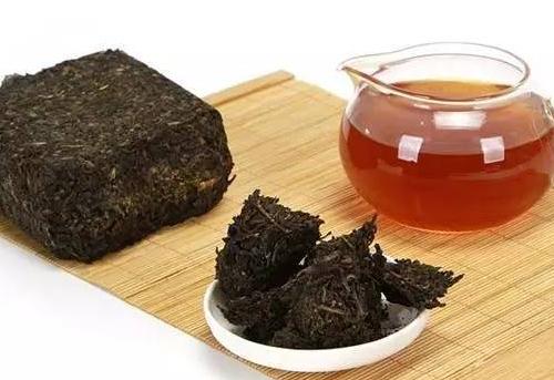 黑茶鉴别好坏的方法!