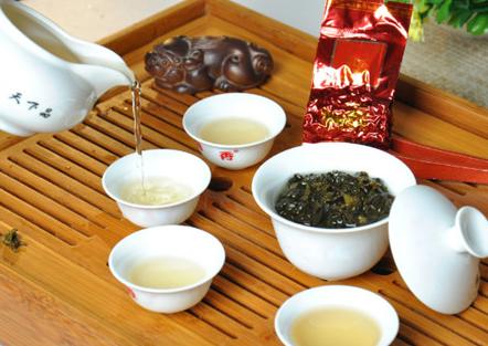 对于泡茶的技巧,相信这是茶友们非常感兴趣的话题。泡茶所需的复杂过程及手法都令不少茶友深感困惑,今