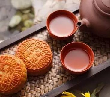 浅谈吃月饼喝茶的讲究!