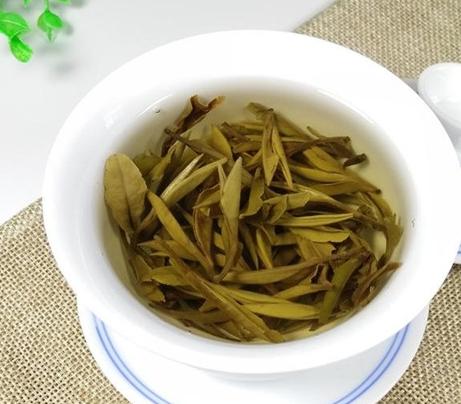 教你从香气来鉴别绿茶与白茶的好坏!