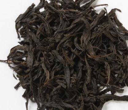荼叶是有保存期的,但与茶的种类相关,不一样的茶保存期也不同。像云南省的普洱熟茶,少数名族的砖