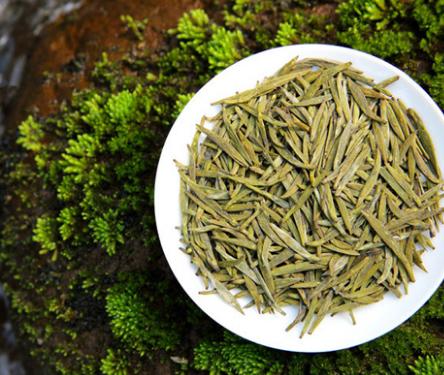 喝黄茶,这是种以罕见且美味的方式使自己健康成长的最佳方式。那么黄茶有哪些好处?下面小编就来为大家