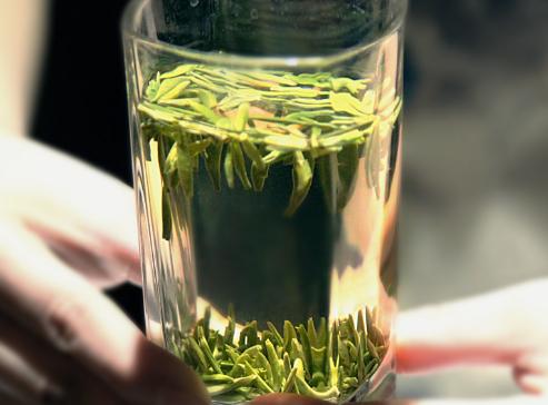 怎样选购上等优质绿茶?