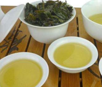 茶叶的品种有很多,不同种类的茶叶,都有自己独具一格的特色。今天我们就来聊一聊铁观音的特点?
