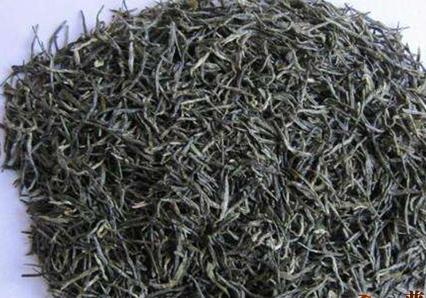 信阳毛尖和六安瓜片都是绿茶,同为绿茶,它们的功效就算不一样,但也绝对有很高的相似度。影响它们的功