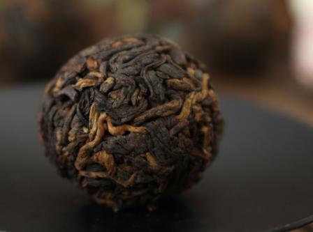 对于茶叶的储存方法,大家一定要掌握,毕竟这直接关系到了茶友们能否品得一口好茶。接下来小编就来为大