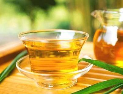 老年人喝茶应喝浓茶还是说淡茶?要怎么选择?