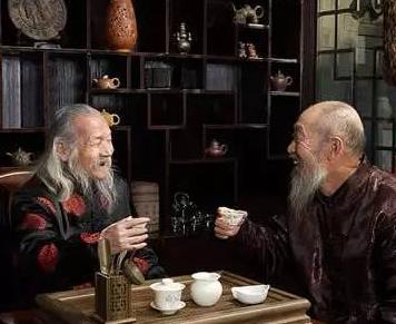 """老年人喝茶要注意""""早、少、淡""""!"""