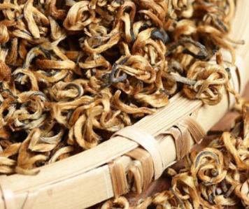 浅谈喝柠檬红茶的危害?柠檬红茶的危害、功效及其做法!