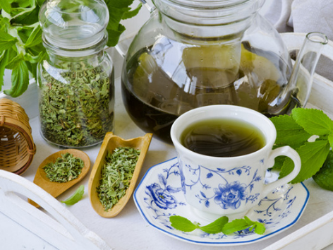 """饮茶有助于老人降""""三高""""!"""