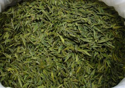 """要将茶叶保管得当,除了要保持茶叶原来的天赋""""本色""""之外,还得防止出现茶叶陈化变质的4个外部条件,并"""