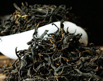 红茶是发酵茶的一种,因此相比较其他发酵程度不是很高的茶叶来讲,红茶可以说是比较耐泡的茶叶,那