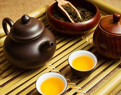 干泡法怎样泡茶?不需用水吗?