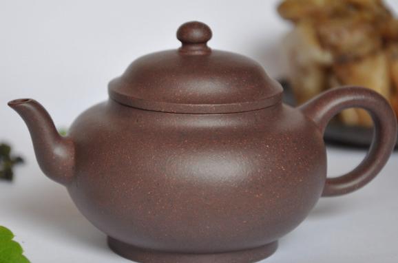 没有经验的新手朋友应该怎么选择自己的紫砂壶?