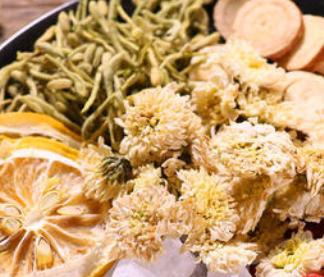 冬天喝哪些花茶排毒养颜?