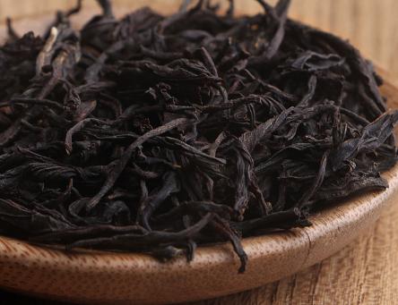 不知诸位茶友对发酵茶知多少?我国茶叶种类有六大类,这些茶叶均是以其发酵程度来区分定义的。今天小编