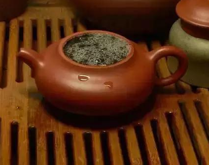 针对泡茶来讲,水温的操控那就是至关重要,一泡好茶叶重视于它的水温,这里将摆起茶几教您怎样把握