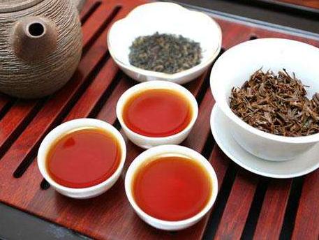 红茶、绿茶,哪种养胃?