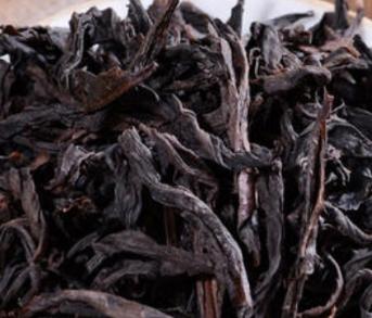 乌龙茶又叫青茶,归属于半发酵茶,发醇度在20%~70%,为在我国独有的茶叶品类,经过采摘、萎凋、做青