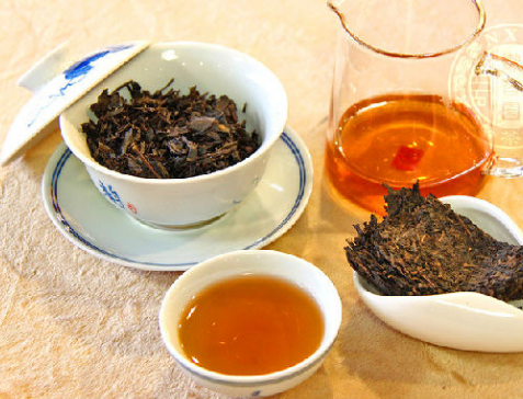 陈年黑茶好,还是新黑茶好?