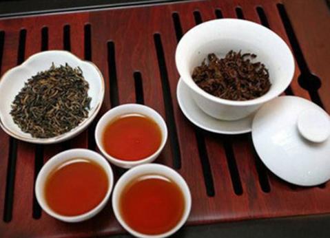 喝茶,这是人们生活中重要的部分。喝茶对人体健康的好处,这点早已得到了广大群众的认可。接下来小编带