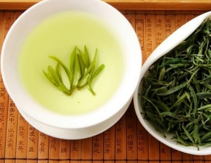 正确鉴别优质富硒绿茶的方法!
