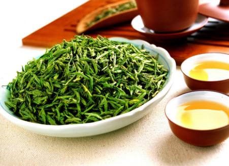 饮茶能为我们带来健康、养生的同时还可以长寿,在这其中会有什么秘密吗?难道说豆浆、咖啡、果汁都不能