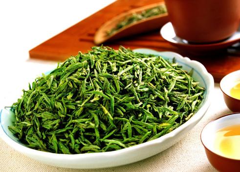 茶叶具有降低胆固醇预防癌症的作用!