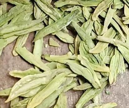 分辨西湖龙井茶质量的优劣,除开理化检验外,还取决于感观评审开展评定。文中从荼叶评审五系数——