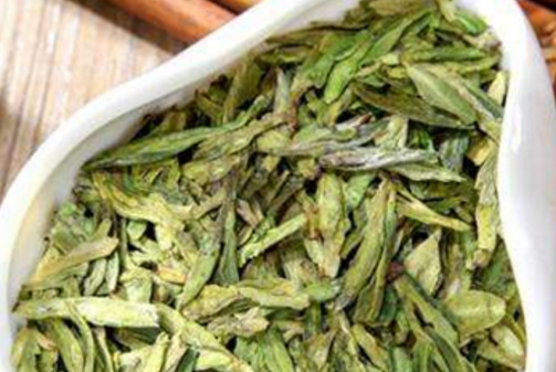 炒青绿茶的特点是什么?