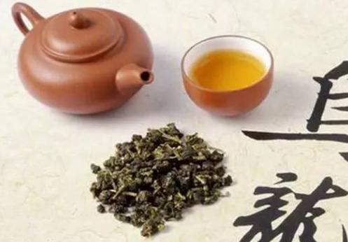 乌龙茶属于半发酵的一种茶,因其浓稠的特质备受亚洲人欢迎,对于饮茶的人来说,大家都应该了解到乌龙茶